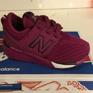 maroon new balance shoes
